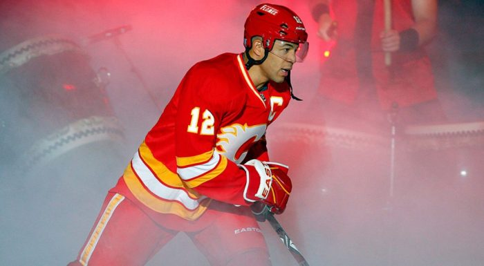 Calgary Flames captain Jarome Iginla takes to the ice. (Jeff McIntosh/CP)